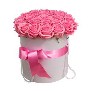 """Цветы в коробке """"Розовые Розы"""""""